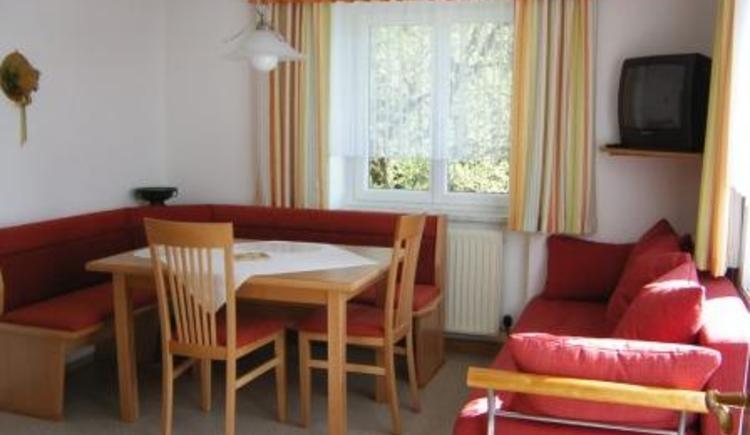 Wohnküche im Gästehaus Jedinger in Walsberg