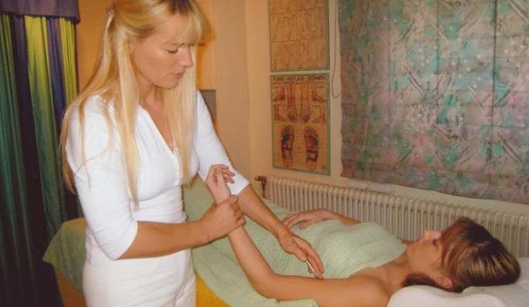 Massagefachinstitut Anna Haslinger (© Massagefachinstitut Anna Haslinger)