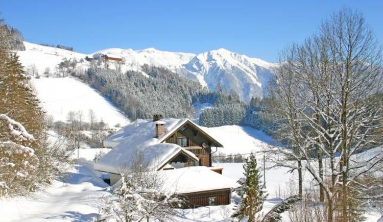 Unser Haus im Winter (© Roithner)