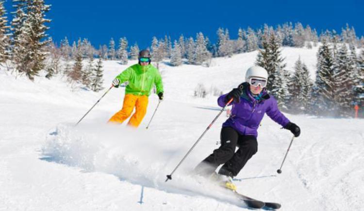 skiers (© Fuschlseeregion)