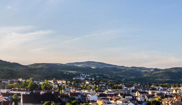 Blick von Linz ins Mühlviertel, dem Land der Linzer Hausberge