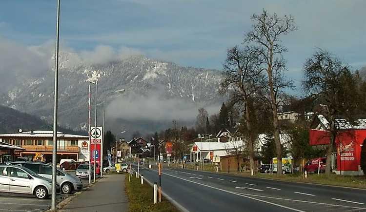 Strasse in Bad Goiser am Hallstättersee (© Horst Jahnke)