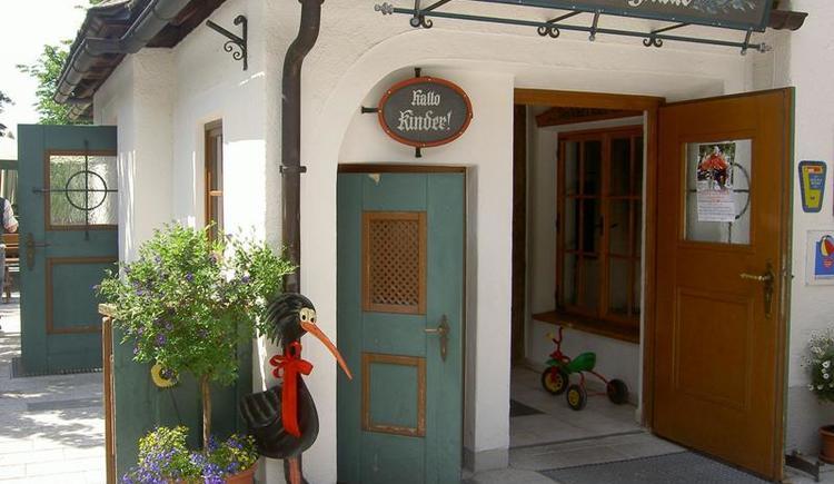 Eingang Hochberghaus am Kasberg im Almtal
