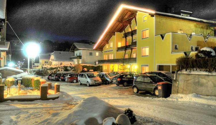 Winteransicht Hotel Bruderhofer
