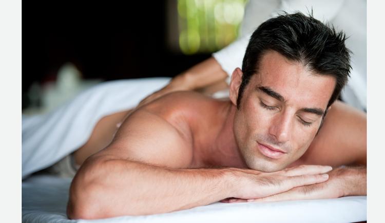 Person bei einer Massage