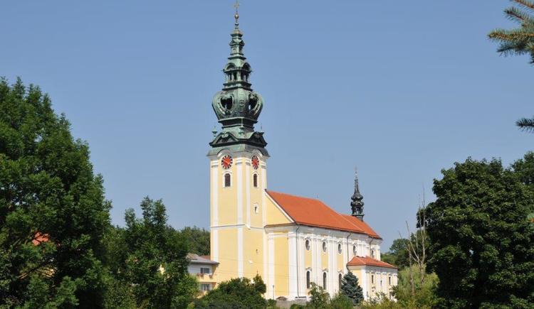 Südliche Außenansicht der Kallhamer Kirche