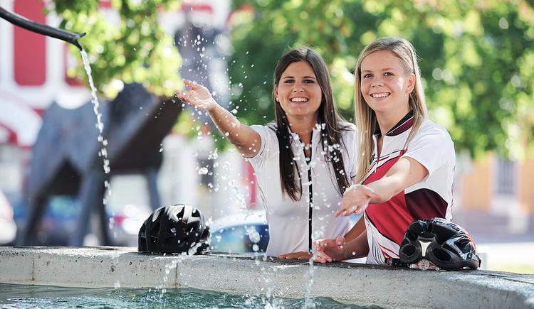 Brunnen Perg, Hauptplatz, Stadtzentrum, Treffpunkt. (© Stadtmarketing PERG - Katharina Lacko)
