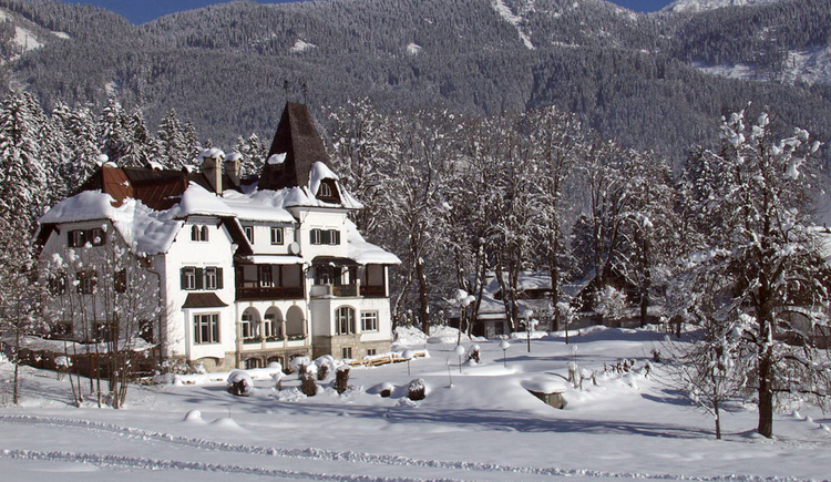 the Hotel Koller during winter. (© Landhaus Koller)
