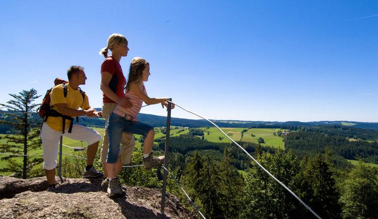 Immer wieder atemberaubende Ausblicke (© OÖ Tourismus/Röbl)