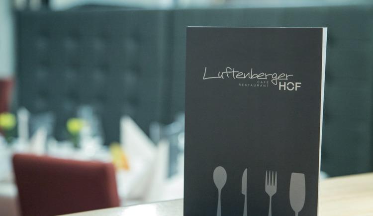 Genießen Sie Ihr Gourmet-Abenteuer im LuftenbergerHOF. (© Dr. Roland Pelzl - cityfoto)