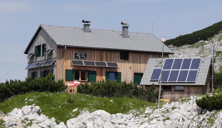 Riederhütte im Sommer (© Alpenverein Sektion Ried)