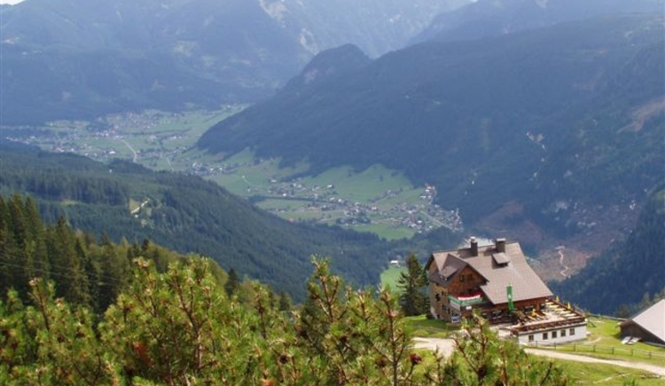 Zwieselalm and the valley of Gosau