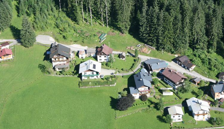 Here is an aerial photograph showing the house Schmaranzer. (© Andrea Schmaranzer)