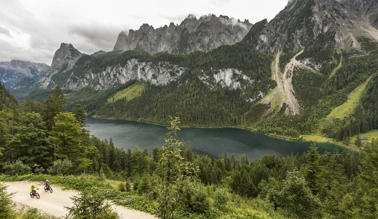 Mountainbiken in den Alpen am Gosausee. (© Andreas Meyer WOM Medien GmbH Medien GmbH)