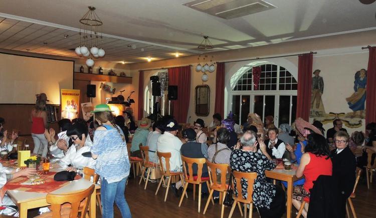 Gasthaus Roitinger Saal Trachtenball