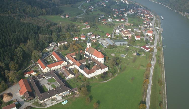 Engelhartszell, Donau, Stift Engelszell, Campen, Rad fahren, wandern, Mini-Donau. (© tvezell)