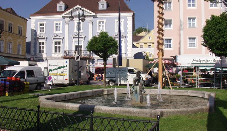 Lambach_Marktplatz_2 (© TTG Tourismus Technologie)