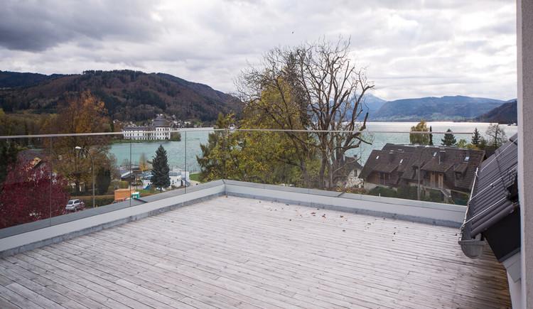 Hotel Restaurant Cafe Sailer in Seewalchen am Attersee Blick auf den Attersee von der Terrasse
