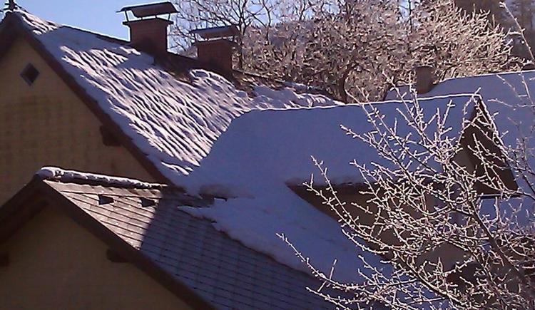 Wintersonne auf dem Dach (© werner mair)