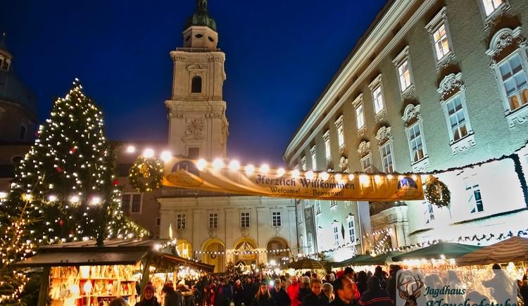 Christkindlmarkt Salzburg vor dem Dom St.Peter. (© Jagdhaus Klaushofstube)