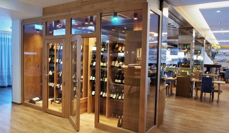 Hotel Sommerhof - begehbarer Weinschrank