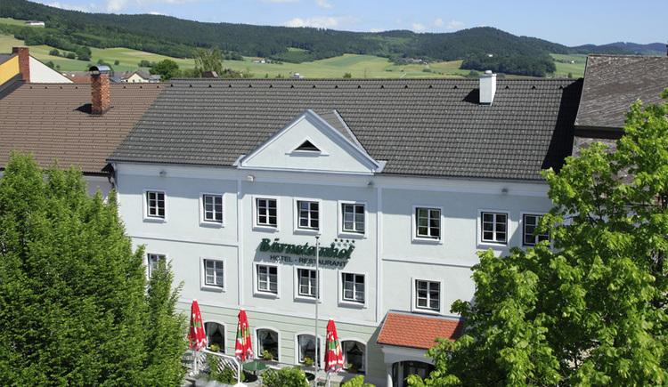 Kräuterhotel Bärnsteinhof in Aigen-Schlägl, Hausansicht.