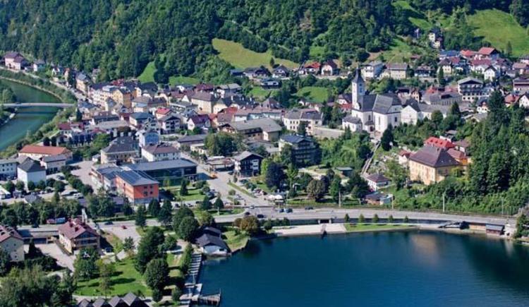 Luftbild2 (© Hotel Post Ebensee)