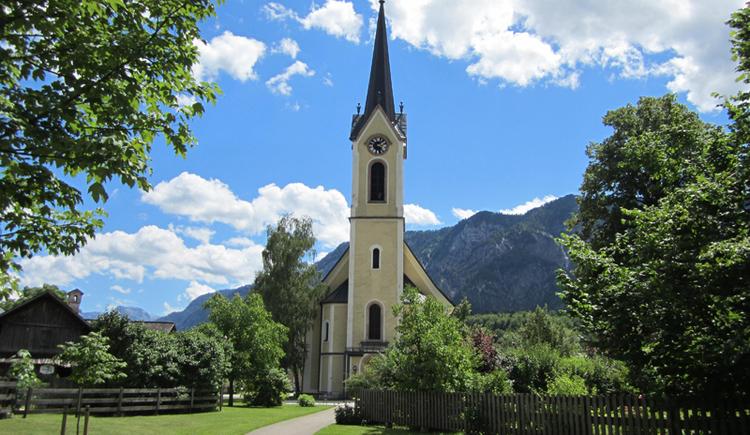 Die evangelische Kirche in Bad Goisern am Hallstättersee. (© Ferienregion Dachstein Salzkammergut / Michaela Kefer)