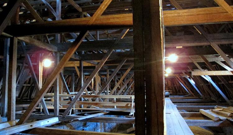 Dachboden der Basilika St. Michael