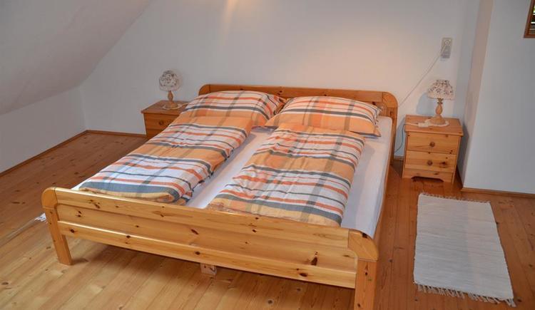 Familienzimmer 1 (© Bauernhof Obere Wolfsgrub)