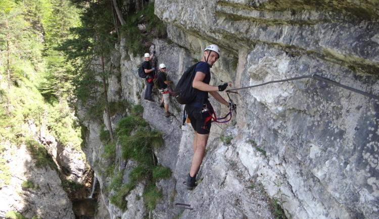 Naturesports Hinterstoder, geführte Klettersteigtour im Höllgraben
