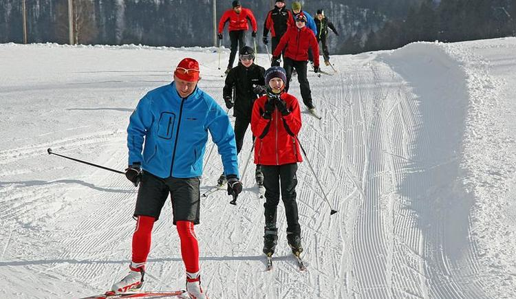 A group of cross country skiers
