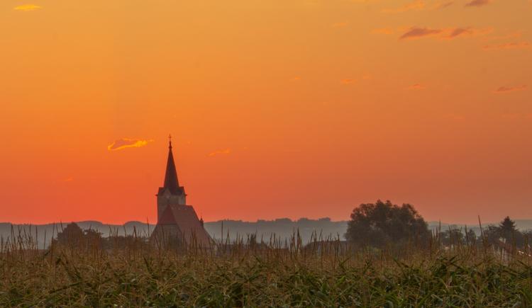 Naarn, Kirche. (© Zobl Michael)