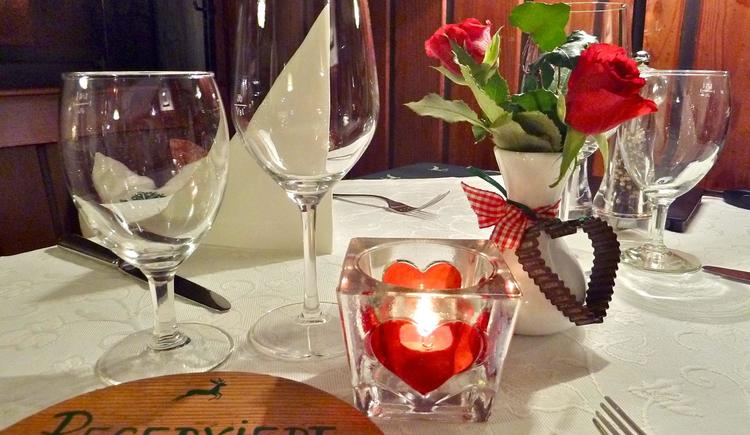Tisch (© Andrea Bergbaur)