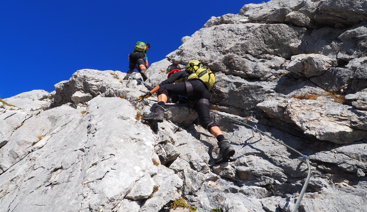 Gr. Priel Klettersteig Holger Friedl Manuela 10.10.2018 09-34-37 (© TVB Pyhrn-Priel/Kniewasser)