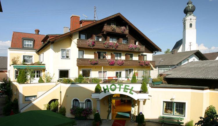 Golfer willkommen, Attergauhof ***, St. Georgen im Attergau. (© Hotel Attergauhof)