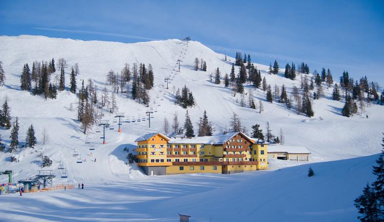 Hotel Hierzegger Winter (© Hotel Hierzegger)