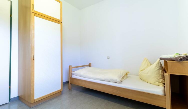 Einbettzimmer mit Du-WC