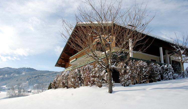 Hier sehen Sie unser Ferienhaus im Winter. (© Brandwirt)