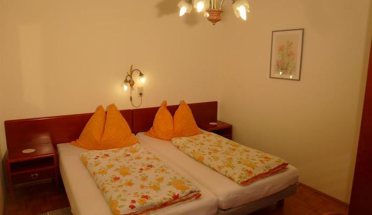 Schlafzimmer 2_P1050513 (© Apartment Heidelinde)