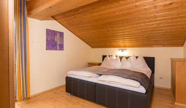 FEWO Schlossblick Schlafzimmer