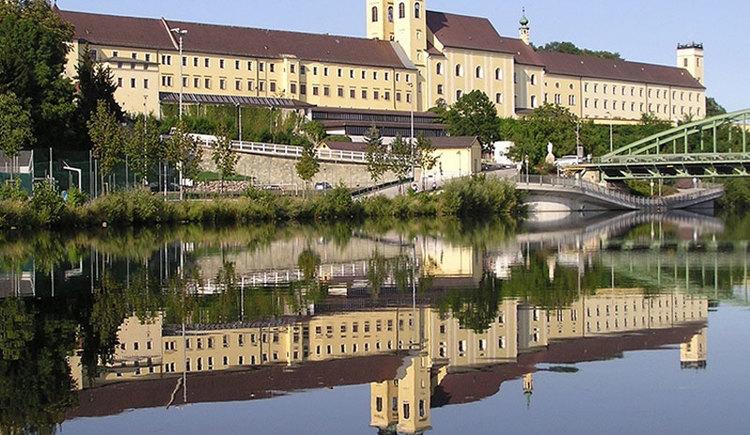 Benediktiner Stift Lambach. (© Stift-Lambach / © Foto Josef Neumayr)