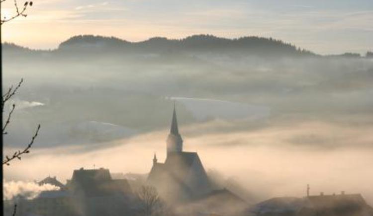 OrtimNebelStarts.jpg (© Tourismusverband Königswiesen)
