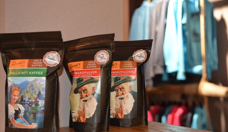 Röstfrischen Kaffee gibts hier bei uns im Café. (© Jirka Šenk)