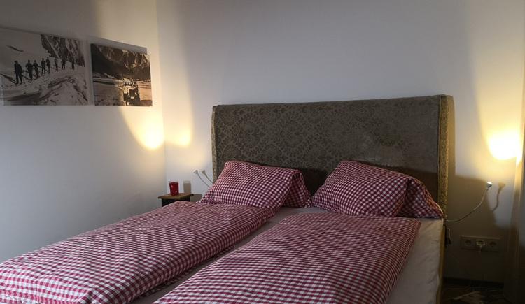 Wohnung Gipfelstürmer - Schlafzimmer (© dasGams)