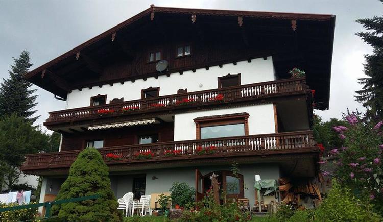 Hausansicht (© MTV Ferienregion Traunsee - Tourismusbüro Altmünst)