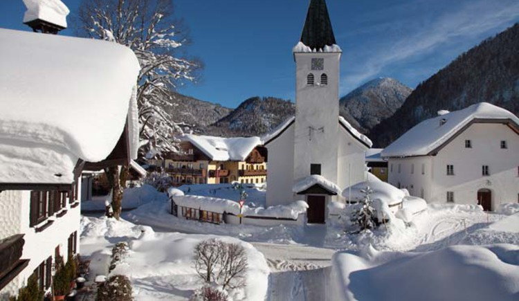0_Hintersee_Dorf_Winter_1.jpg (© Gasthof Hintersee)
