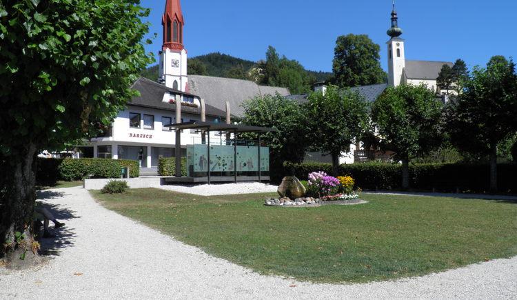 Pavillon an der nördlichen Promenade in Atterse am Attersee. (© Tourismusverband Attersee-Attergau)