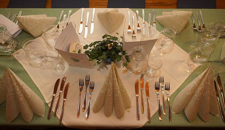 Gedeckter Tisch im Gasthof zum Mitterhofer in Waldzell