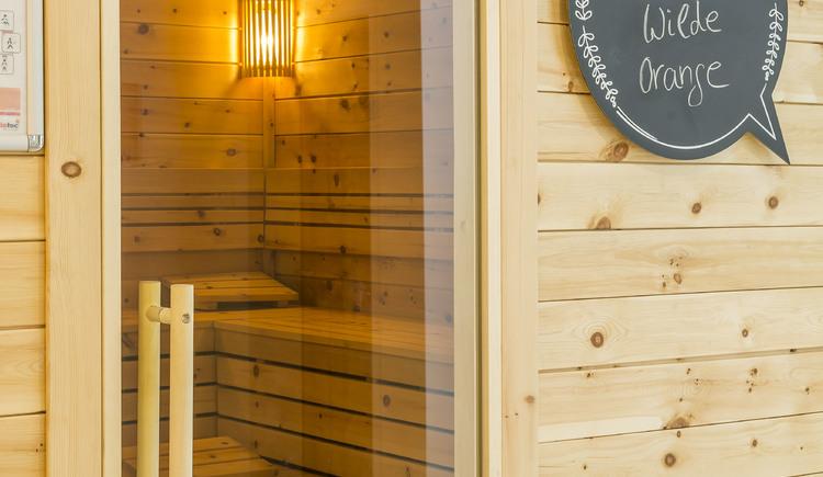 Sauna. (© cooee-alpin-hotel-dachstein)